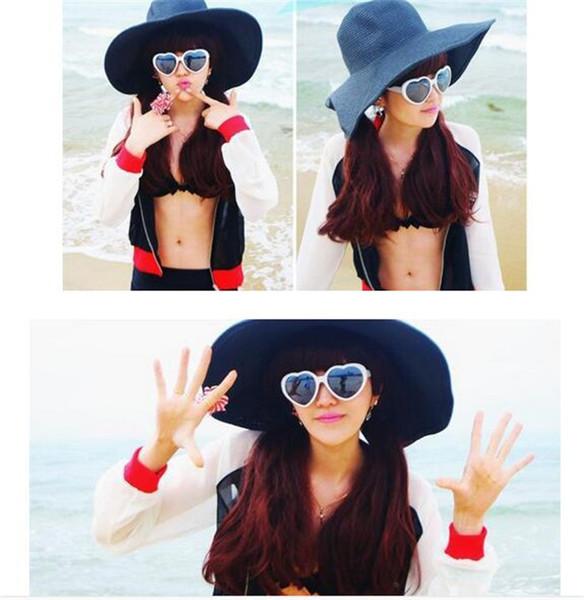 1000pcs Heart glasses cheap sunglasses heart-shaped sunglasses influx of people love retro oversized mirror Hot style women D653