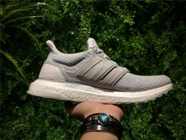 premium selection 29c43 9c6dc Ultra Boost 3.0 Reigning Champ White Grey Running Shoes, Real Boost 350 V2  Zebra Cream White Black Oreo Cny Blue Black Sports Sneakers From China ...