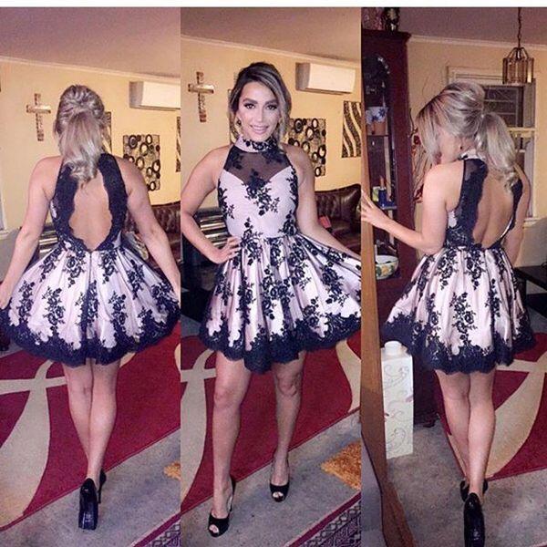 Pequeño negro corto Mini vestidos de cóctel Halter apliques de encaje de cuello alto Vestidos de baile Sexy espalda abierta cortos vestidos de fiesta Vestidos de fiesta