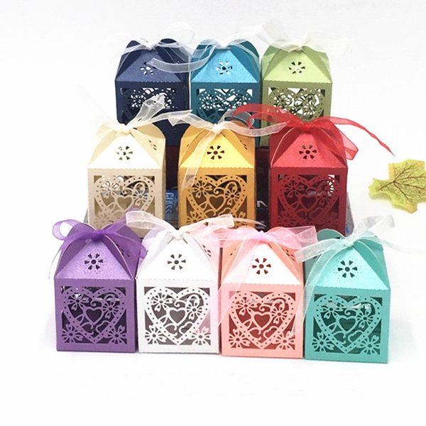 Love Heart Laser Cut Hollow Baby Shower Favors Boxes Gifts Candy Boxes Favor Holders With Ribbon +DHL Free Shipping