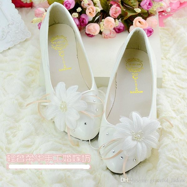 Cheap Flower Wedding Shoes Ribbon Beads Flat Heel Bridal Accessories Bridal Shoes 2015 Spring Slip-ons Cheap Bridesmaid Shoes Custom Made