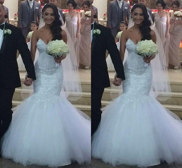 2016 Elegent Mermaid Wedding Dresses Sweetheart Lace Appliques Crystal Beaded Sweep Train Tulle Button Back Plus Size Formal Bridal Dress