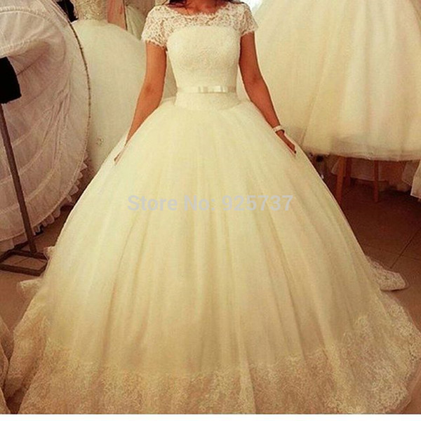 Vestidos De Novias Lace Tulle Modest Wedding Dresses with Short Cap Sleeves Ball Gown Puffy Bridal Gowns Sheer Illusion Neckline Plus Size