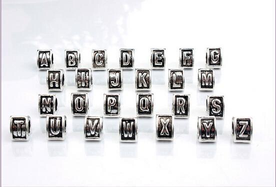 2016 neue A-Z Brief Herz Dreieck Schwarz Emaille Großes Loch Perlen Fit Europäischen Charme Armband Schmuck DIY 9,5X7mm