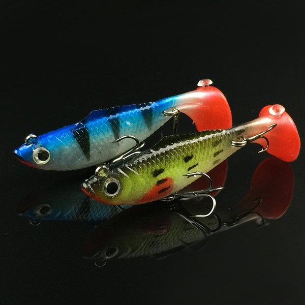 2016 New Soft Bait Lead Fish 6cm 8cm Fishing Lures Treble Hook Build in Artificial Lures Noisy Sticker
