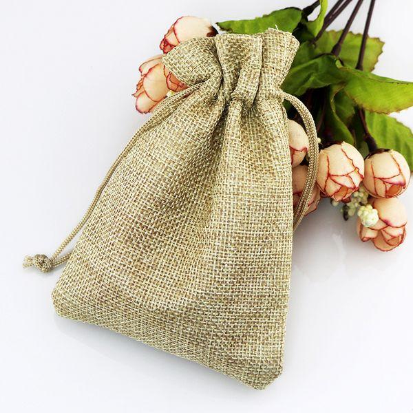 Quente! 100 pcs luz marrom tecido de linho sacos de cordão de doces de presente da jóia bolsas de serapilheira presente sacos de juta 7x9cm 10x14 cm 13x18 cm 15x20 cm