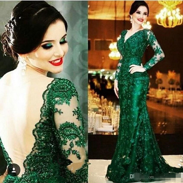 Elegant Emerald Green Lace Evening Dresses V Neck Long Sleeves Open Back Mermaid Court Train Formal Gowns Mother of the Bride Dress