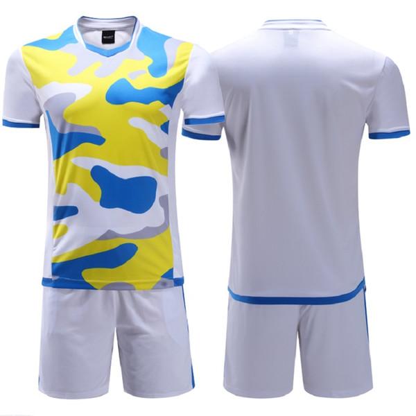 Grosshandel Neue Kinder Footbal Kits Jungen Fussball Trainingsanzuge Sport Sets Fussball Trikots Kinder Uniformen Sportswear Benutzerdefinierte Name