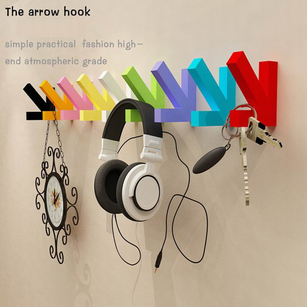 Wholesale 100pcs Coat Bag Hat Hanger Wall Dector Hot Sale Fashion Arrow Shape Wood Hooks