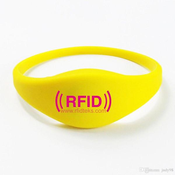 14443A 13.56 MHZ logotipo personalizado impresión pasiva de silicona rfid 13.56MHZ pulsera / pulsera con equipo profesional