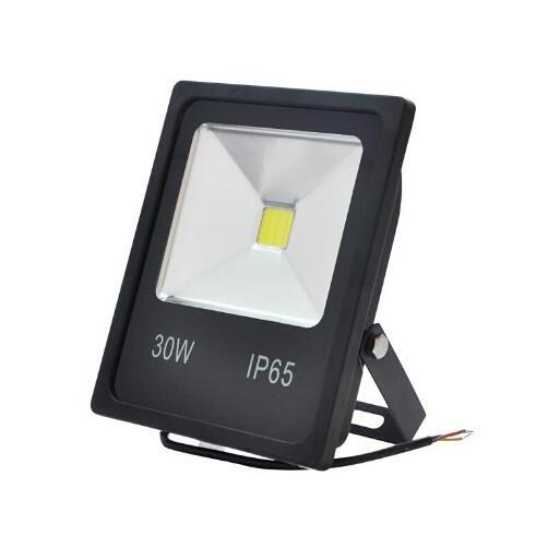 Ultradünner LED-Flutlicht 30W 50W Schwarzes Gehäuse AC85-265V wasserdichter IP65-Flutlicht-Scheinwerfer-Außenbeleuchtung