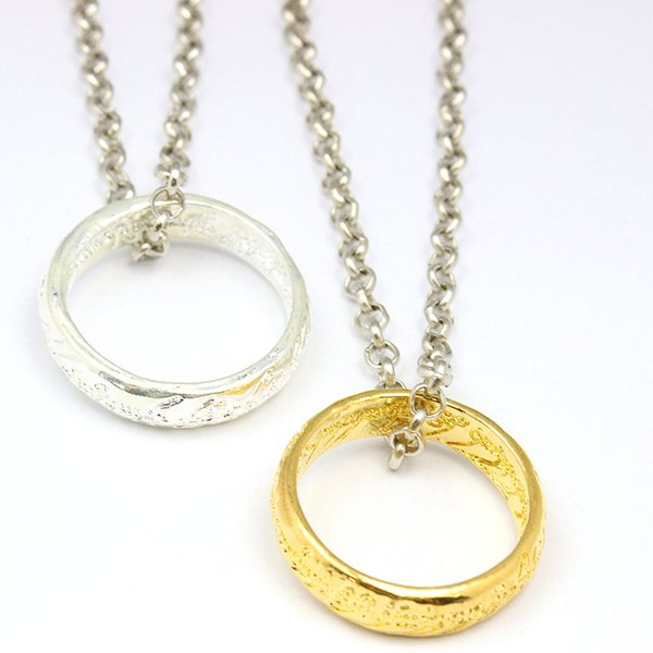 Finger Ring Necklace The Lord of The Rings Necklace Movie Ornaments Charming Alloy Finger Ring Pendant Necklace