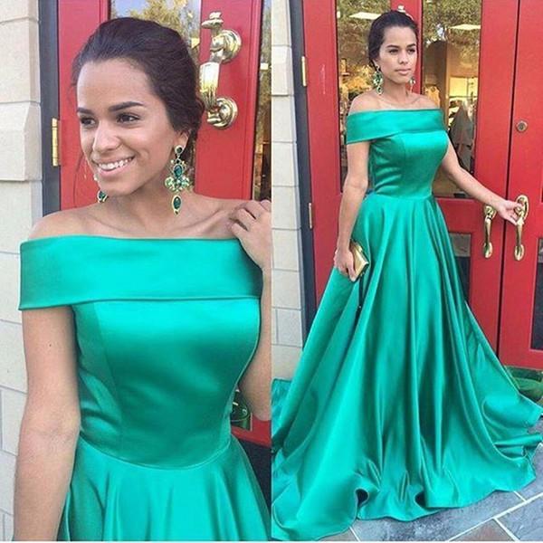 Por encargo elegante una línea de vestidos de noche 2017 fuera del hombro vestidos de satén fruncido verde esmeralda desgaste de noche más tamaño