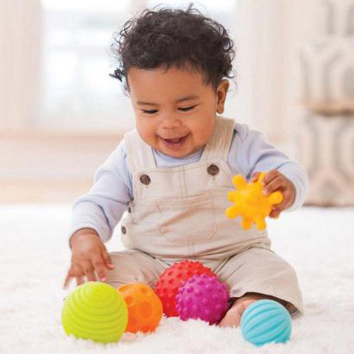 top popular 6@4pcs Textured Multi Ball Set develop baby's tactile senses toy Baby touch hand ball toys baby training ball Massage soft 2021