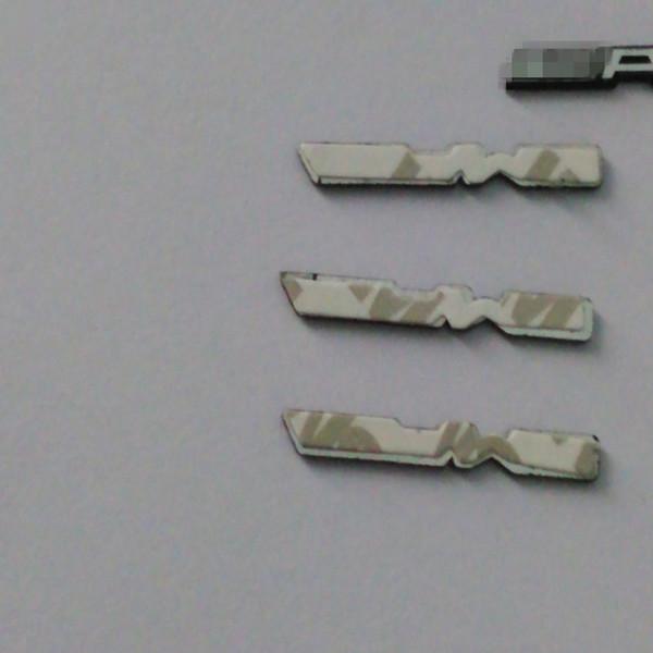 20 pcs / Lot Nouveau Design Pour Mercedes AMG Alumineux Voiture Volant Emblème Autocollant De Voiture En Métal Autocollant AP130