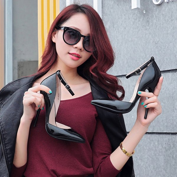 Europe and the United States popular sexy sandals foot belt buckle high heels pointed tip with shallow mouth side of the high-heeled shoes