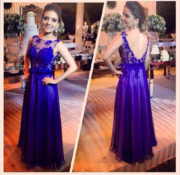Long Evening Dresses 2019 Royal Blue Prom Dresses Vintage A Line Floor Length Formal Gowns for Women Low Back with Beaded Lace Appliques