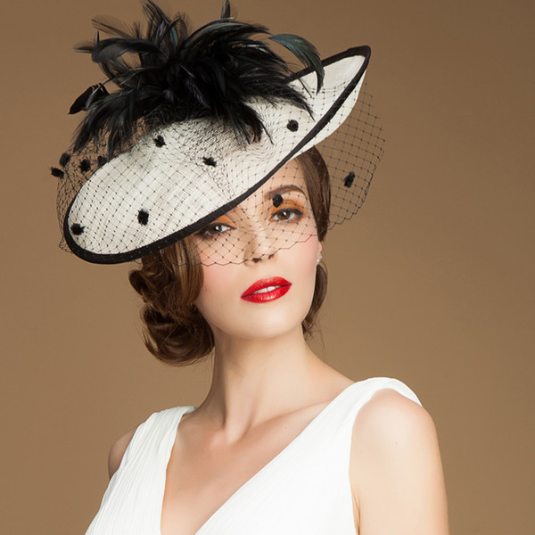 Filati di marca Black Feathers British Aristocrat Hat Esporta Cappellino Party Cappello Corona Donna Cappello da sposa Cappello da sposa Fascinator