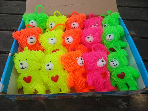 Bear pig flash Maomao vent emitting children's educational toys toys wholesale direct vent