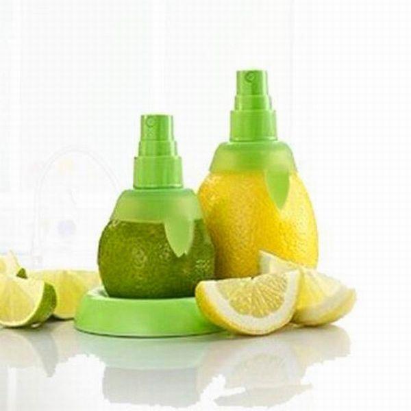 top popular 2pcs set Lemon Orange Juice Sprayer Fruit Vegetable Tool Dining Bar Plastic Lemon Juice Sprayer Squeezer Cozinha 2019