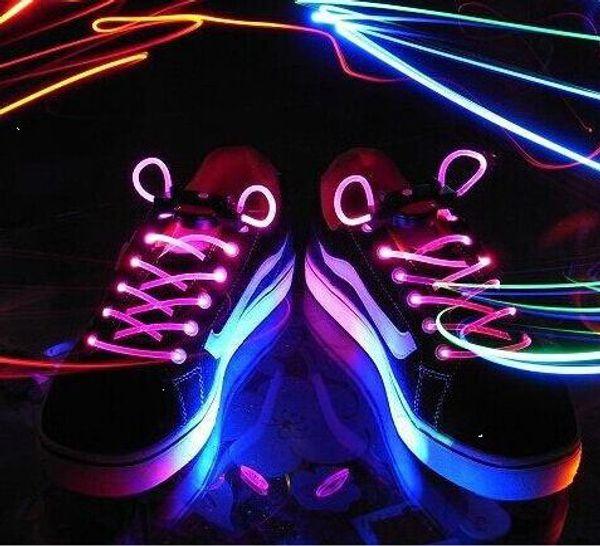 5 Set Hot Cool Fashion LED Lacci delle scarpe Lacci delle scarpe Flash Light Up Glow Stick Strap Lacci piatti Festa in discoteca per accessori per scarpe