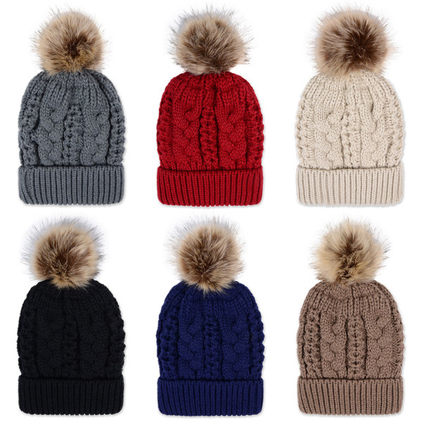 double couche épaisse d'hiver coloré Snow Caps laine Bonnet tricoté avec Artificial fourrure de raton laveur Pom Poms Pour Femmes Hommes Hip Hop Cap 20pcs