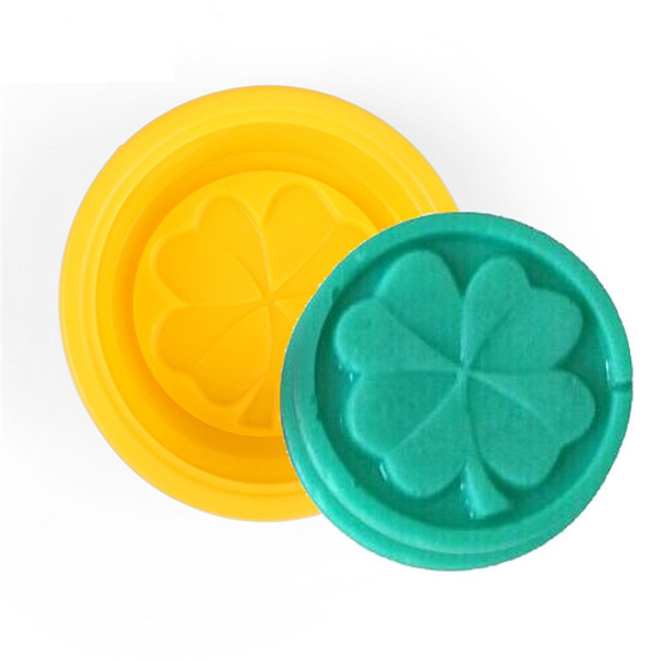 500pcs Four Leaf Clover Flower Cake Mold Silicone Handmade Soap Mold 3D Soap Molds DIY Crafts Mold Baking Tools ZA0588