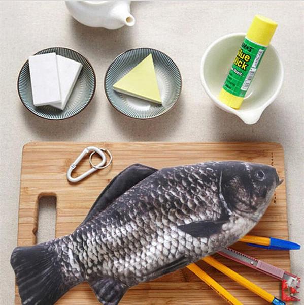 Simulation crucian carp bleistift tasche brieftasche persönlichkeit kreative gesalzene fischfeder tasche karpfen zimmerei simulation fisch bleistift tasche 170824