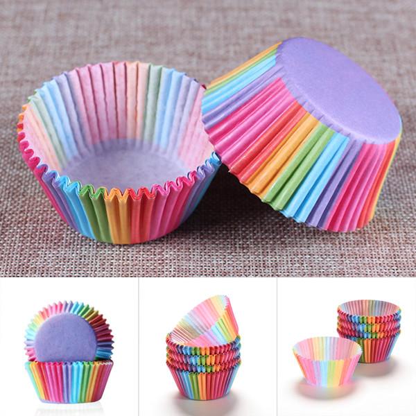 100 PC / 세트 무지개 색깔 컵케익 라이너 베이킹 컵 컵케익 종이 머핀 케이스 케이크 상자 컵 트레이 케이크 몰드 장식 도구