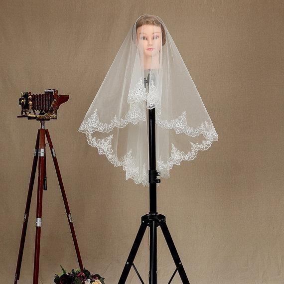 2016 New Top Quality Fashion Designer Best Sale Romantic Elbow White Ivory Lace Applique veil Mantilla Veil Bridal Head Pieces