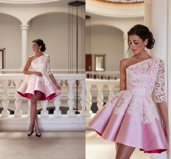 2017 corto mini mujeres vestidos de cóctel de un hombro de satén de color rosa de encaje apliques una línea de pliegues vestidos de baile vestido de fiesta formal vestidos del regreso al hogar