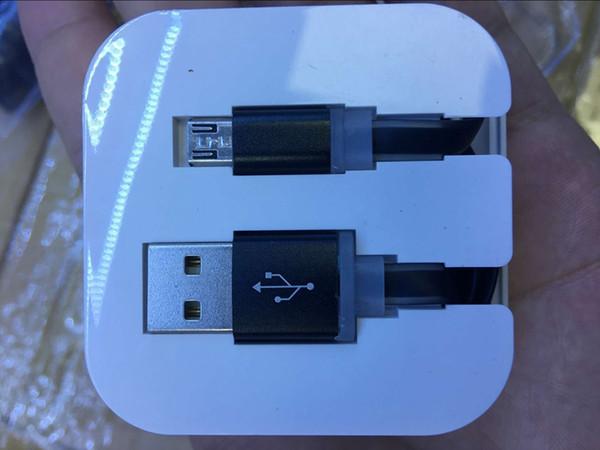 Usb-Kabel-Coloful-flaches Nudel-Datums-Synchronisierungs-Aufladungsblinkendes Kabel für Samsung HTC Sony Smart-Telefon mit Kristallkastenverpackungsgroßhandel