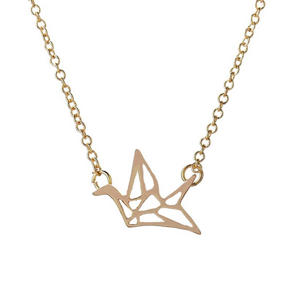 Simple Flying Hollow Swallow Pendant Necklace Women Spring Fashion Style Lovely Bird Silver Gold Plated Link Chain Necklace Party Gifts