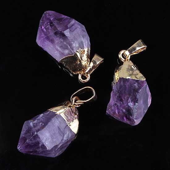004 stone pendant