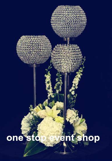 pièce maîtresse de candélabres de mariage de boule de cristal haute et grands bougeoirs pour les mariages