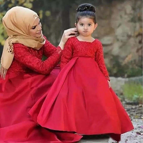 2019 Muslim Long Sleeve Flower Girl Dress For Wedding Red Lace and Satin Kids Prom Dresses Cheap Mother and Daughter Matching Dress