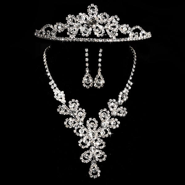 3 PCS Cheap Bridal Jewelry Sets Silver Crystal Pendants Necklaces and Drop Chandelier Stud Rhinstone Earrings Fashion For Party Prom Sale