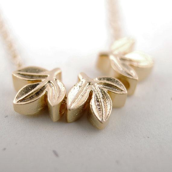 En tasarım bayanlar moda kolye çekicilik üç yaprak, altın kaplama gümüş güzel kadın kolye en iyi hediye verdi