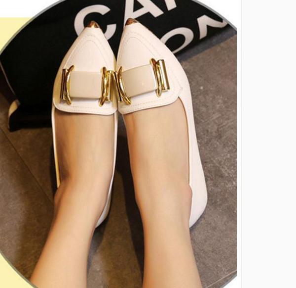 Au printemps 2017, les nouvelles chaussures de mode à la mode joker gourd louche doug chaussures femmes avec des chaussures décontractées bouche plate pointue peu profonde dans