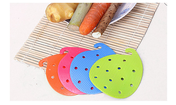 Multi-function Vegetable & Fruit Brush Potato Easy Cleaning Tools Kitchen Gadgets 2015 hot sale TT151