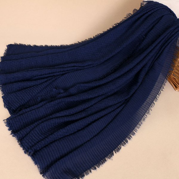 Big size bubble cotton shawls Long Black hijab warm wrinkle stripes scarf muslim fringe stoles/shawls Solid color 210*110cm BS461