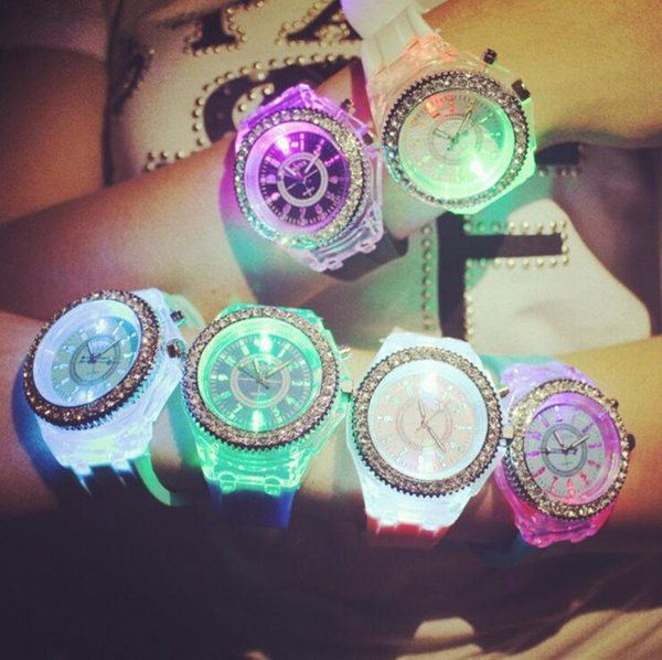 Светящиеся алмазные часы силиконовые светодиодные красочные огни алмазные часы женские женские часы Наручные часы пары студенческие часы OOA2658