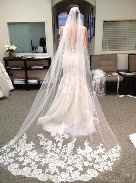 2017 Cheap Muslim Best Selling Luxury In Stock Wedding Veils Three Meters Long Veils Lace Applique Crystals Cathedral Length Cheap Bridal