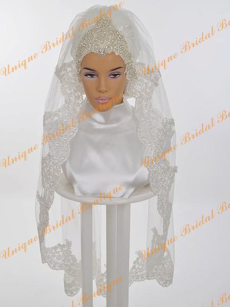 Veli da sposa musulmani 2016 con pizzo Appliques Edge e cristalli Strass One strato gomito lunghezza da sposa Hijab spedizione gratuita