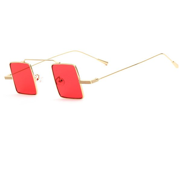 C5 Gold Frame Red Mirror