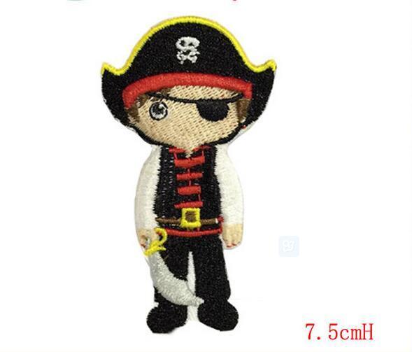 Toppe ricamate a caldo ONE PIECE Toppe pirata dei cartoni animati Iron on Japanese Anime free shipping Garment Stickers