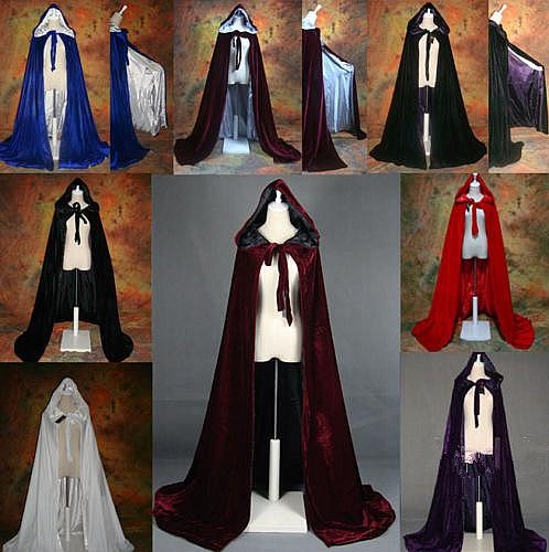 2017 Long Velvet Christmas Hooded Cloak Bridal Cloaks Capes Winter Halloween Floor Length Jacket Wedding Bridesmaid Wraps