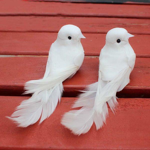 10 Unids 12 * 5 * 5 CM Paloma Decorativa Pluma De Espuma Artificial Mini Pájaros Blancos Con Imán Craft Birds Decoración para el Hogar Decoraciones de Boda