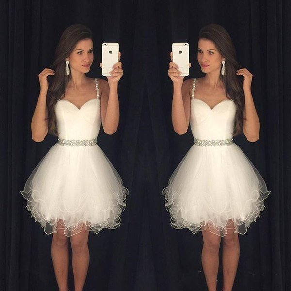top popular White Short Prom Dresses Modest Graduation Homecoming Dresses Cheap Spaghetti Straps Beaded Crystals Ruffles Party Gowns 2020