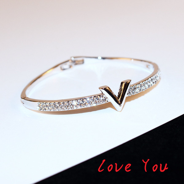 best selling European Brand Letter V Bangle Bracelet Luxury Zircon Charms Bangles for Women Party Fine Jewelry Costume Accessories